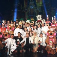 """""""Wrapped on @Disney's Holiday Special! Literally one of my favorite jobs I've ever choreographed for. Can't wait to see this one on tv! I love you guys so much @nappytabs @juleshough @derekhough!!! ❤️🎄💫 #nappytabscreative #disneyworld #kylehanagamichoreography #msafam"""" - November 12, 2016 Courtesy kylehanagami IG"""