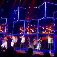"""Awesome time at #moveliveontour #mgmnationalharbor #juliannehough #derekhough"" courtesy meagannicole80 ig"