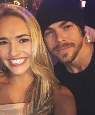 """""Sure baby"" x2 😍😍😍 YALL!!!! I just met @derekhough !!!!! Wow what a fabulous show, and what an amazing night!!!!!#cantwaittoseederekwithnoshirt #moveliveontour"" courtesy hollyn_adams ig"