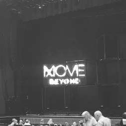 """My mom and I at the move beyond tour starring Julianne and Derek Hough. I am so excited!😃😀❤️#movebeyond #lovinglife"" Courtesy dance_minton ig"
