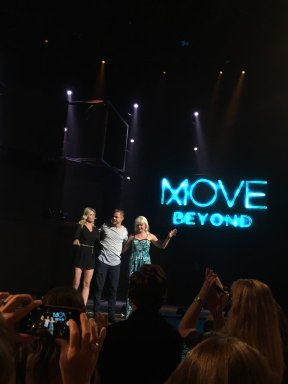 """@derekhough with his mother and sister at #moveliveontour. Thank you and @juliannehough for an #amazing performance!"" Courtesy @KCGirl25 tw"