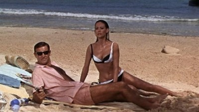 Sean Connery and Claudine Auger connect in Thunderball