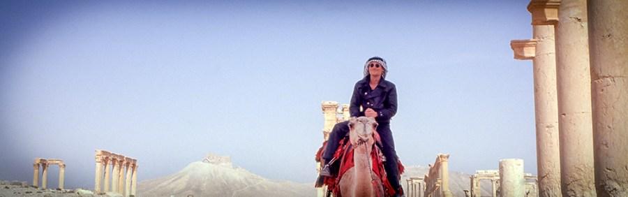 Tourist auf einem Kamel