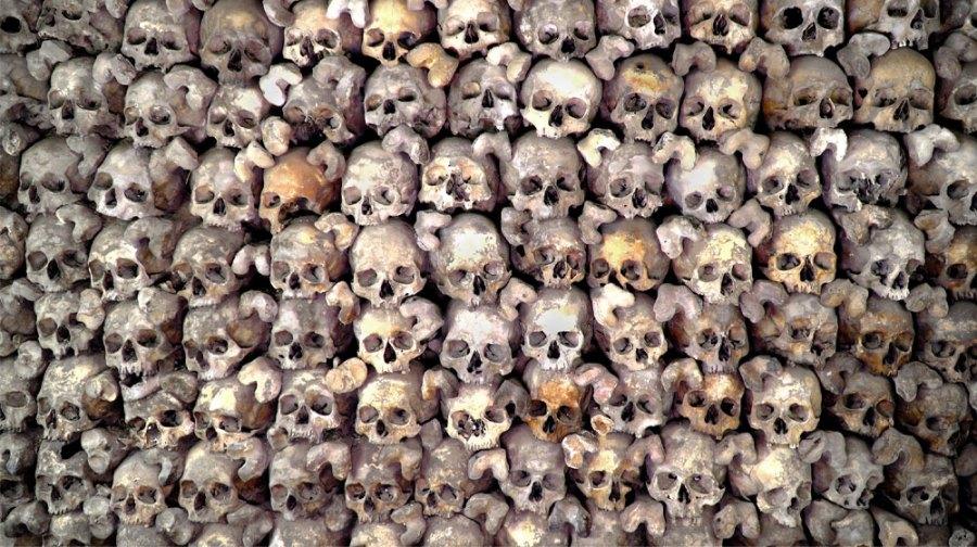 Beinhaus: Schädelwand