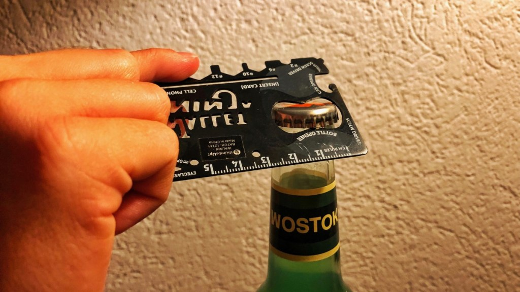 Reise-Gadget: Ein Werkzeugset in Form einer Kreditkarte