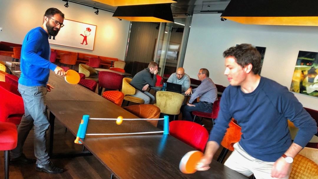 Aus jedem Tisch einen Ping-Pong-Tisch machen
