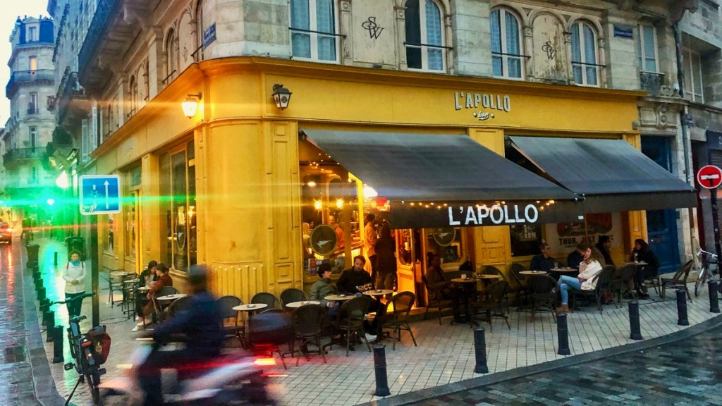 Bar Apollo in Bordeaux