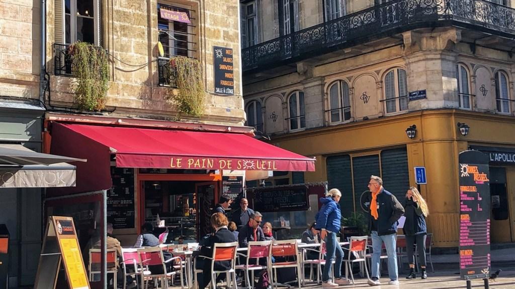 Herrlich frühstücken in Bordeaux Altstadt: Pain de Soleil, Bordeaux Place Fernand Lafargue
