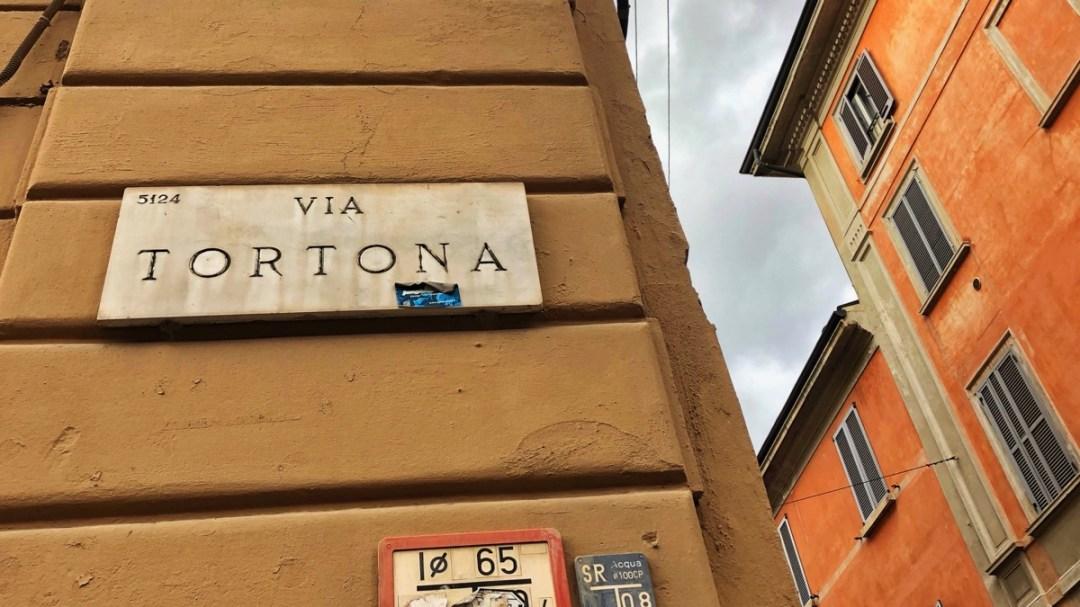 Via Tortona Milano Navigli