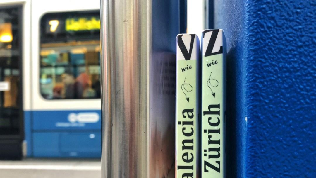 Zürich Bahnhofstrasse: Gedruckte Reiseführer haben ihre Berechtigung