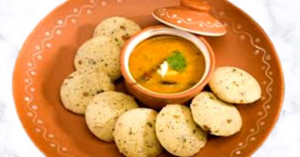 Oats idli is the perfect fit for healthy dinner ideas._derje