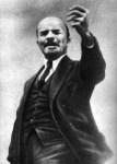lenin_1921-07_beim_3_kongress_der_komintern-213x300
