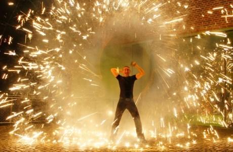 Feuershow und LED-Show für die experimenta Heilbronn
