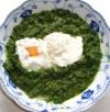 Pochierte Eier mit Brennesselspinat