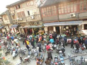 Old Town gegenüber dem Lebebensmittelmarkt