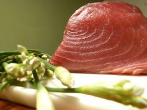 Thunfisch mit asiatischen Schnittlauch