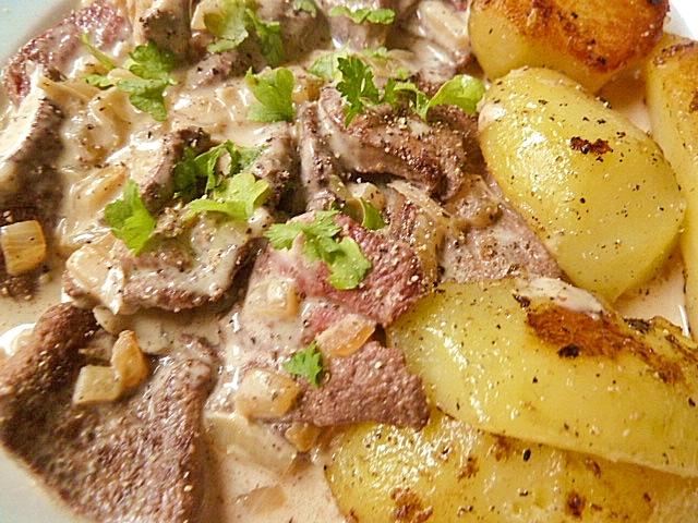 Schweineleber sauer mit Bratkartoffeln