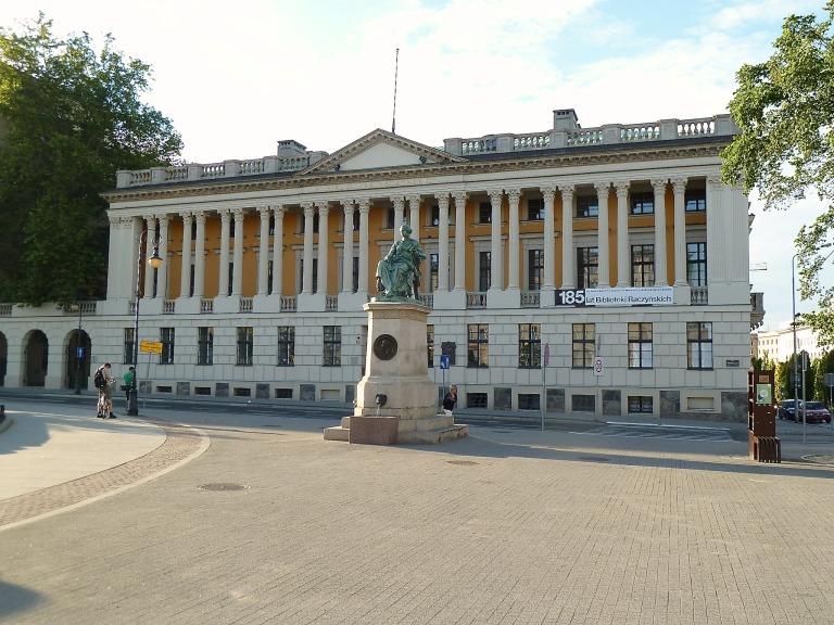 """1956 rekonstruiert: eine der größten, öffentlichen Bibliotheken Polen """"Biblioteka Raczyńskich"""""""