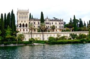 eine Insel mit Palazzo, kann auch gemietet werden