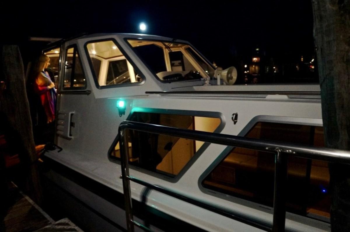 mit dem letzten Boot zurück ins Hotel