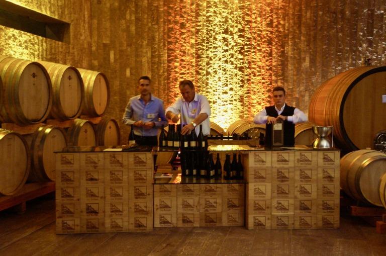 Weinbars im Weinkeller