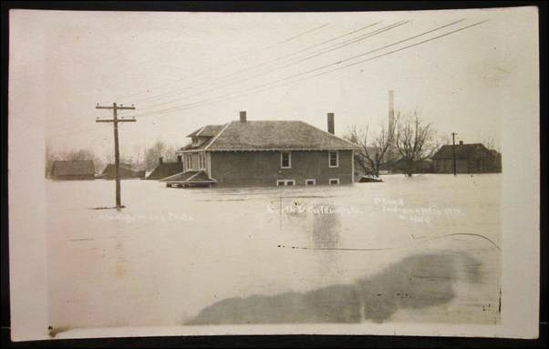 Flooded area of downtown Indianapolis - March 1913 Photo: HistoricIndianapolis.com