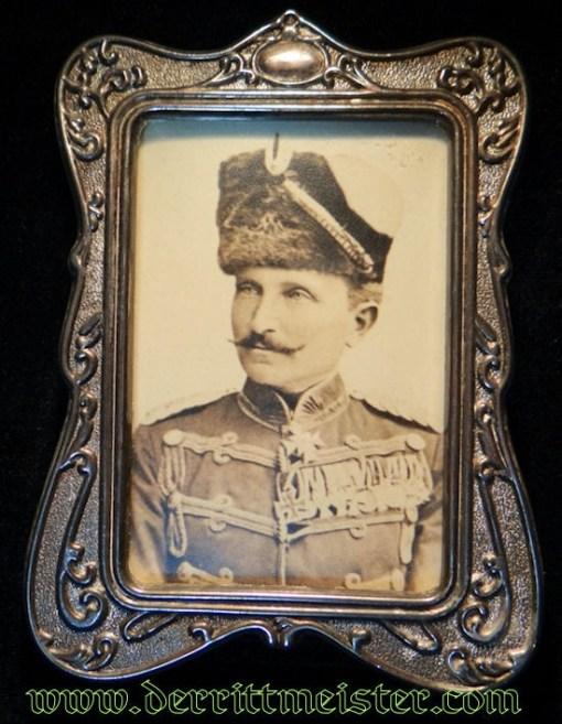 FRAMED PHOTOGRAPH OF HUSAREN-REGIMENT Nr 7 COMMANDER - PRUSSIA - Imperial German Military Antiques Sale