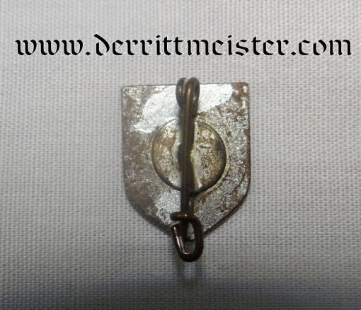 GERMANY - PIN - SHOWING GERMANY - PATRIOTIC - Imperial German Military Antiques Sale