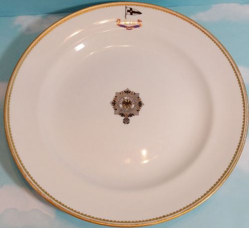 DINNER PLATE FROM KAISER WILHELM II'S RACING SLOOP S. M. Y. IDUNA WITH KAISERLICHER YACHT CLUB (KYC) - Imperial German Military Antiques Sale