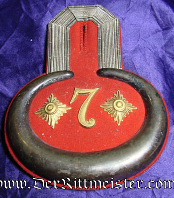 PRUSSIA - EPAULETTES - HAUPTMANN - PIONIER-Bataillon Nr 7 - ORIGINAL STORAGE CASE - Imperial German Military Antiques Sale