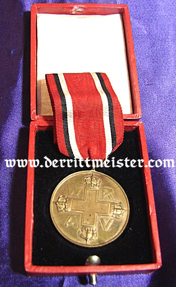 RED CROSS MEDAL 3rd CLASS WITH ORIGINAL PRESENTATION CASE - Imperial German Military Antiques Sale