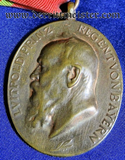 PRINZ REGENT LUITPOLD MEDAL FOR SERVICE - BAVARIA - Imperial German Military Antiques Sale