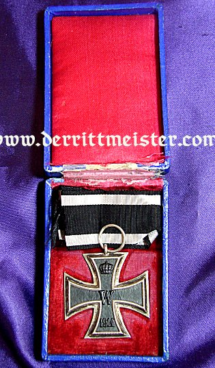 IRON CROSS - 1914 - 2nd CLASS - ORIGINAL PRESENTATION (BLUE) CASE - Imperial German Military Antiques Sale