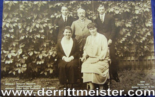 POSTCARD - KAISER WILHELM II - KAISERIN HERMINE - DAUGHTER-IN-LAW CECILIE AND HER TWO SONS - HAUS DOORN - Imperial German Military Antiques Sale