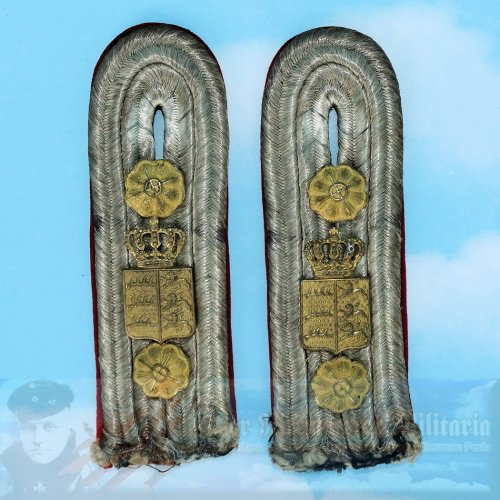 SAXONY - SHOULDER BOARDS - NON MILITARY - FOR A COURT OR GOVERNMENT OFFICIAL