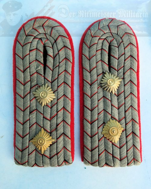 WÜRTTEMBERG - SHOULDER BOARDS - HAUPTMANN - INFANTERIE-REGIMENT
