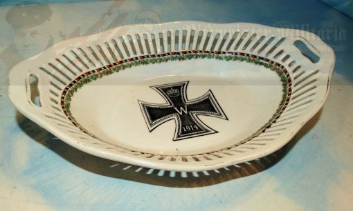 GERMANY - BREAD BASKET - PATRIOTIC - PORCELAIN - Imperial German Military Antiques Sale