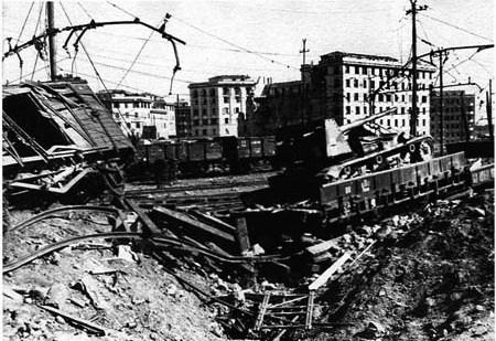 1943-Roma-scalo-san-lorenzo--bombardato