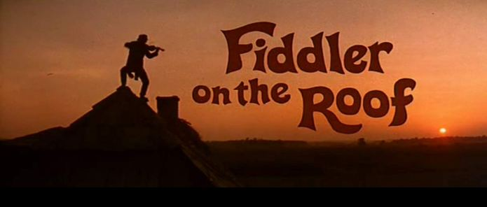 Il violinista sul tetto è un musical del 1971 diretto da Norman Jewison e tratto dall'opera di Jerry Block. La storia delle radici ebraiche e delle persecuzioni dei contadini ebrei in Russia.