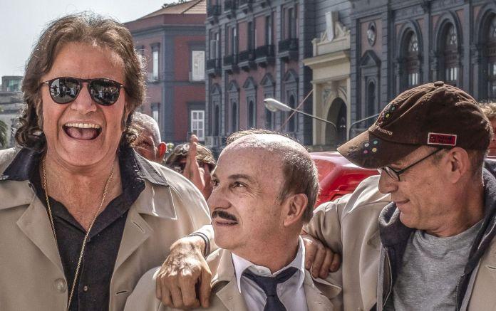 Sono solo fantasmi, film del 2019 diretto da Christian De Sica e il figlio Brando. Con Carlo Buccirosso, Gianmarco Tognazzi e Leo Gullotta, è una storia di acchiappa fantasmi a Napoli.