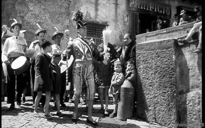 L'oro di Napoli (1954). Episodio del guappo.