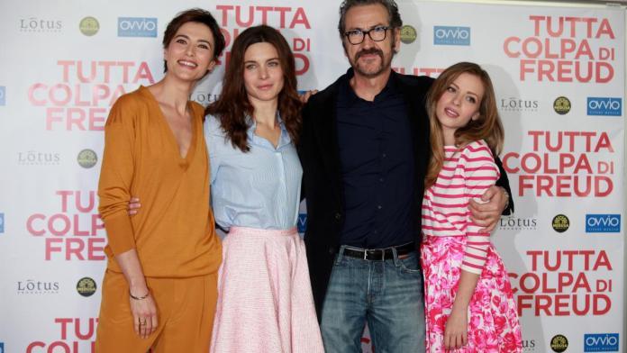 Marco Giallini, Anna Foglietta, Vittoria Puccini e Laura Adriani sono gli interpreti principali di Tutta colpa di Freud.