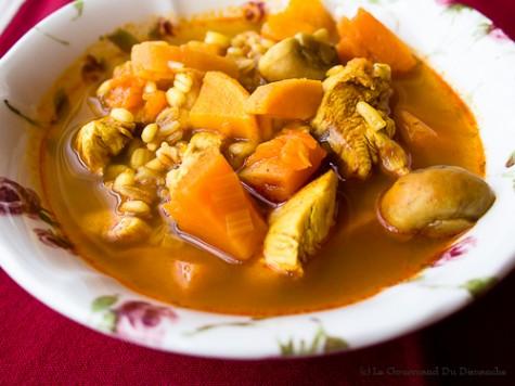 Soupe à l'orge et au poulet