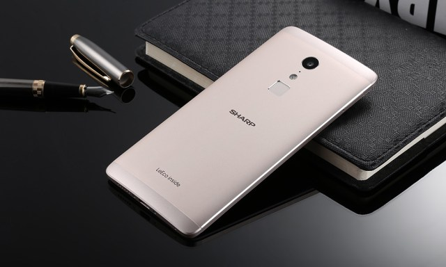SHARP A1 ( FS8002 ) 4G Phablet 5.5 inch Android 6.0 Helio X20 2.3GHz Deca Core 4GB RAM 32GB ROM Fingerprint Scanner 16.0MP Rear Camera Type-C