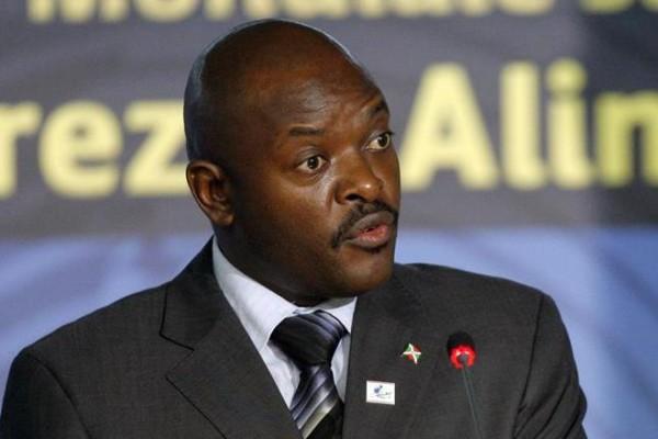 ierre Nkurunziza ainda não conseguiu voltar para o Burundi; governo diz que golpe fracassou. EFE