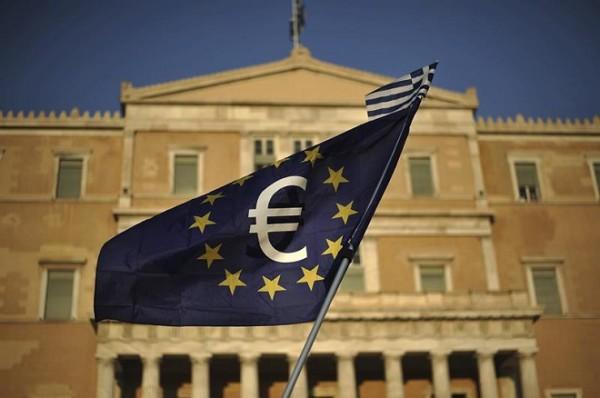 Proposta enviada por Tsipras à troika inclui aumento de impostos, cortes em pensões e privatização
