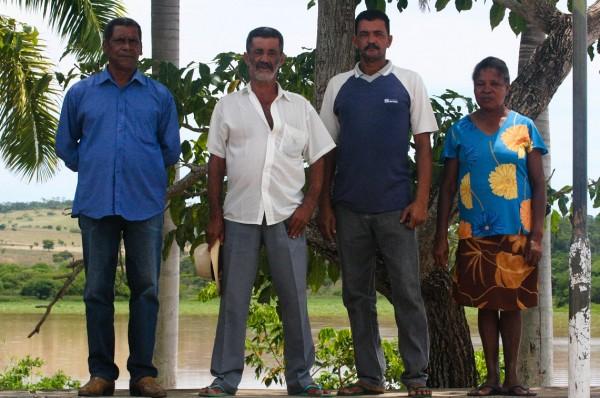 Pescadores, extratores de pedra e areia e lavadeiras de Salto da Divisa perderam o ofício