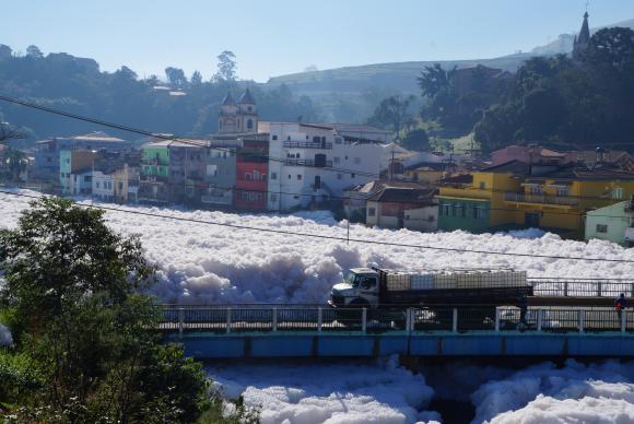 Poluição do Rio Tietê