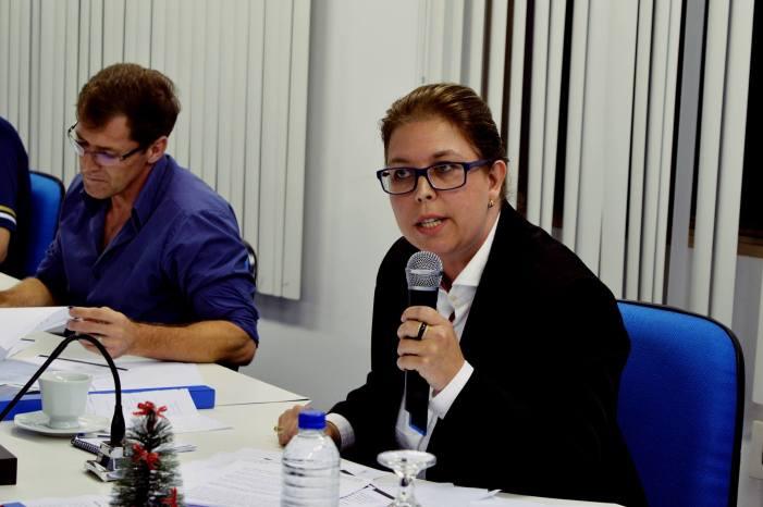 Alteração de Grade Curricular Escolar foi feita em 'gabinete', diz vereadora