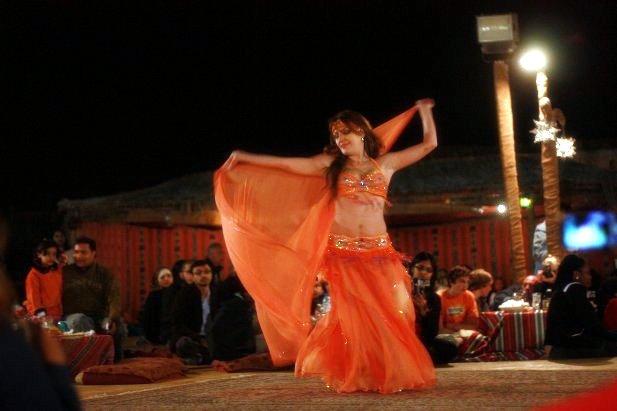 Belly-dancer-arabe
